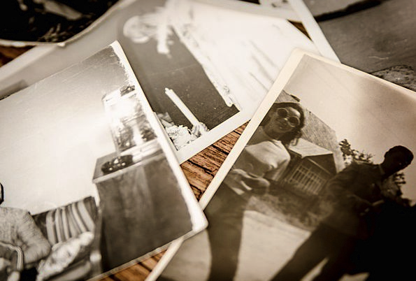 Photo Photograph Photographs Memory Reminiscence P