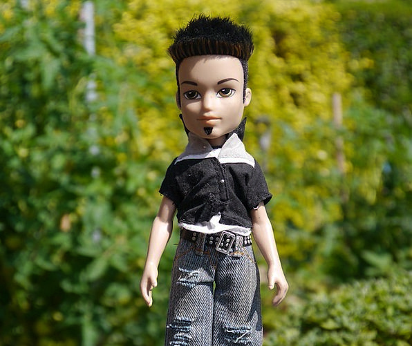Doll Outside Figurine Statuette Outdoor White Male