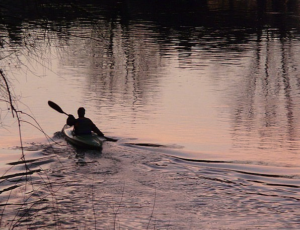 Kayakers Paddle Oar Kayak Silent Rowing Paddling A