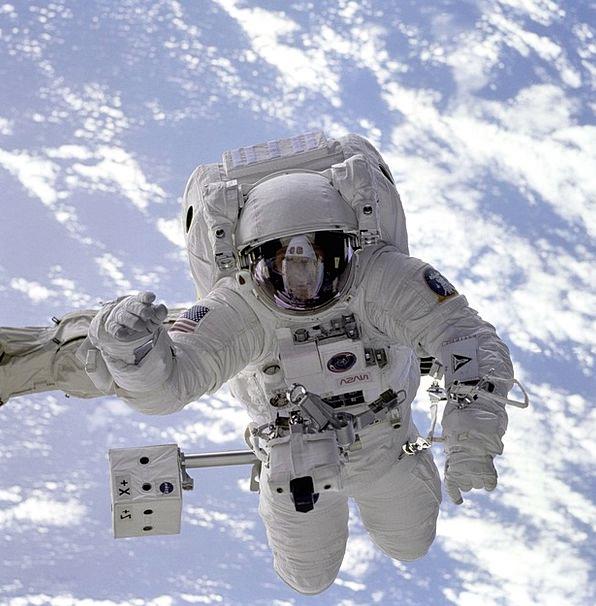 Astronaut Cosmonaut Space capsule Space Walk Space