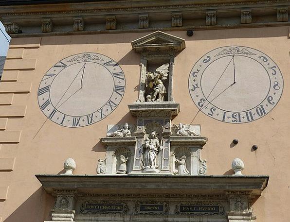 Clock Timepiece Buildings Period Architecture Sund