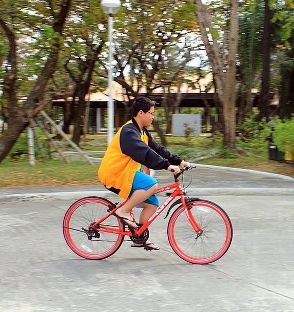 Biking Cycling Pedaling Bicycling Pedals Fun Amusi