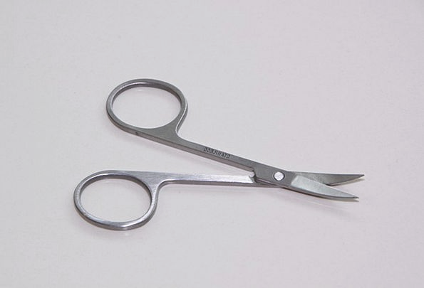 Metal Metallic Pin Scissor Nail Sharp Shrill Objec