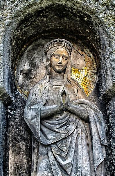 Church Ecclesiastical Statue Faith Confidence Scul
