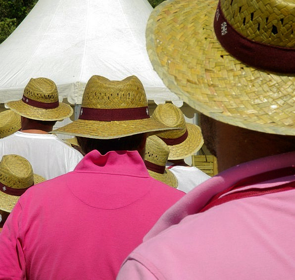 Straw Hats Straw-hat Crowd Troop Summer Waiting To