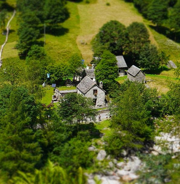 Bergdorf Rustico Verzasca Stone House Ticino Hamle