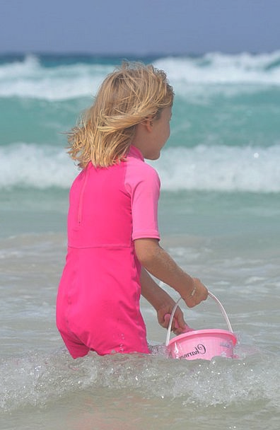 Child Youngster Pail Sea Marine Bucket Girl Lassie
