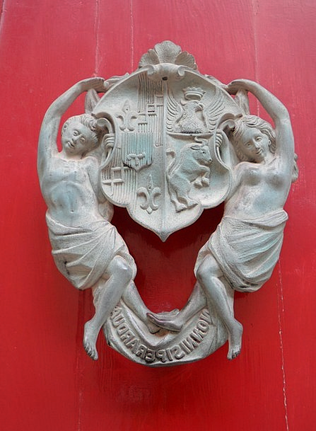 Doorknocker Crest Muses Thinks Coat Of Arms Women