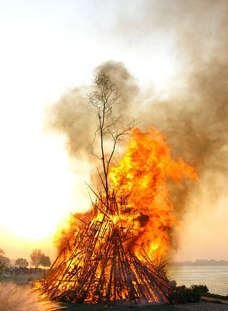 Easter Fire Fire Passion Elbe
