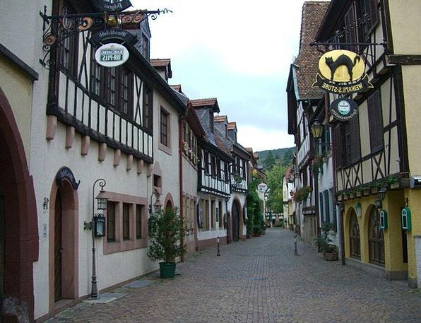 Alley Backstreet Neustadt Fachwerkhäuser Palatinat