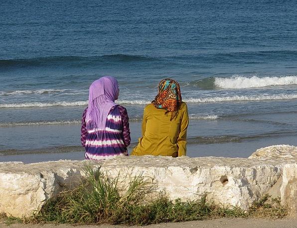 Woman Lady Fashion Coastal Beauty Arabic Seaside F