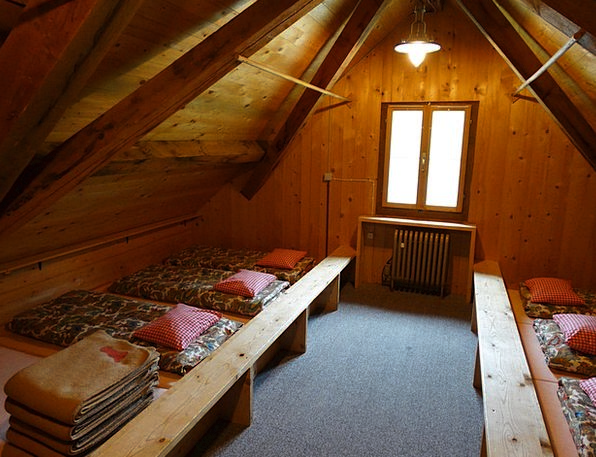 Mattress Camp Mass Storage Mountain Hut Duvet Cove