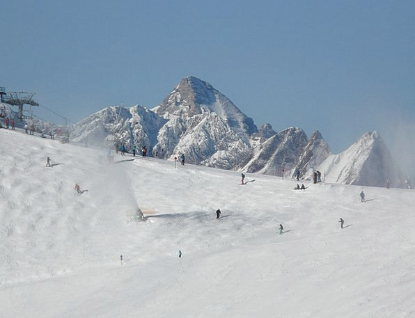 Ski Run Winter Season Skiers Skiing Departure Runw