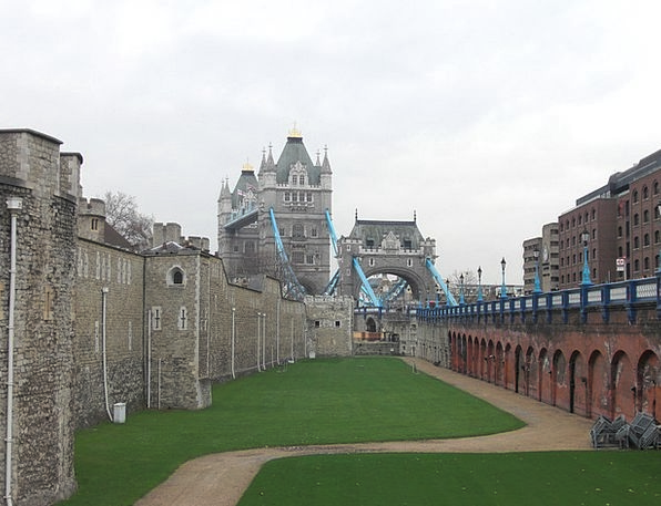 Tower Of London Stronghold Tower Bridge Fortress L