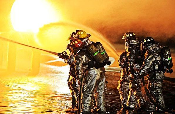 Scott Afb Firemen Missouri Containment Firefighter