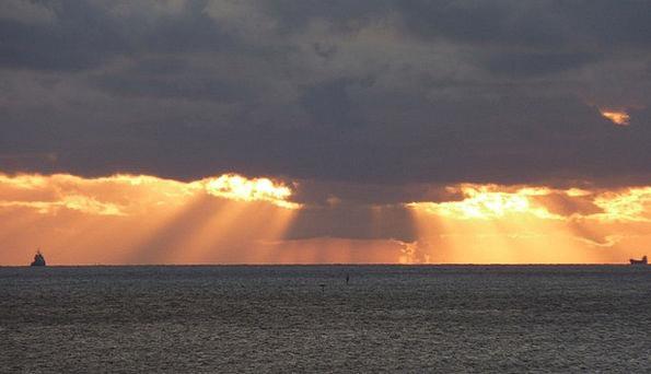 Sunset Sundown Vacation Emissions Travel Sunbeam R