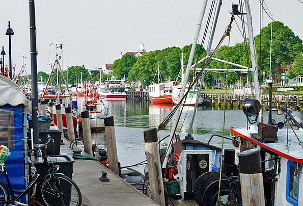 Old Power Baltic Sea Warnemünde Water Aquatic Boot