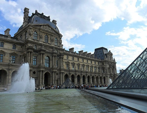 Louvre Buildings Architecture France Paris Tourism