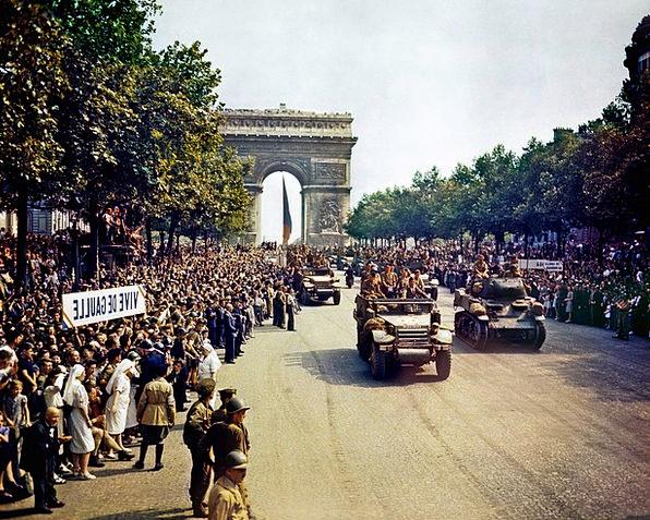 Arc De Triomphe Avenue Des Champs Elysées Paris Al