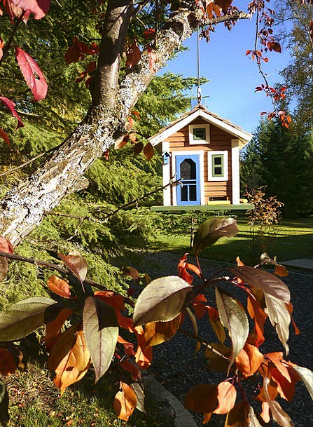 Bird House Landscapes Reduction Nature Autumn Fall