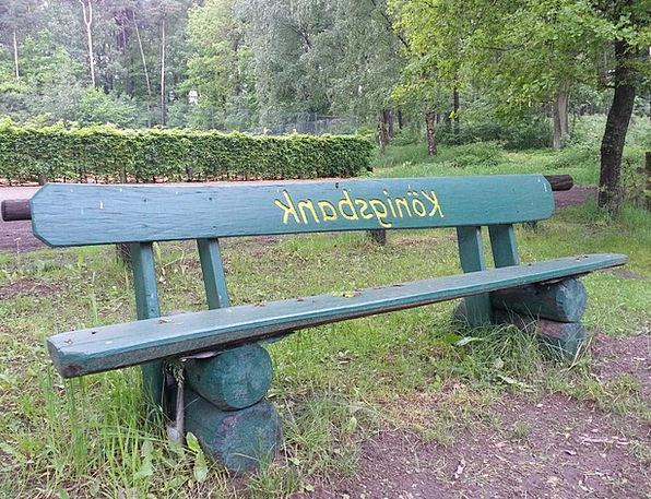 Garden Bench Set Rest Break Bank Park Common Sit G