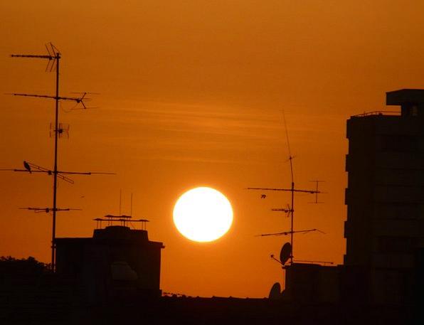 Sunset Sundown Vacation Travel Red Bloodshot Sun H