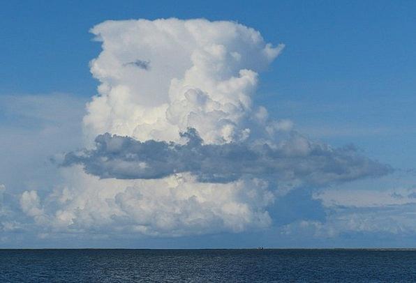 Cumulus Nimbus Cloud Tower Thundercloud North Clou