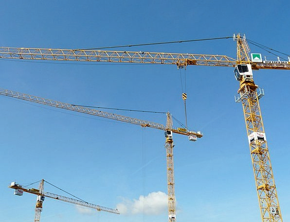 Crane Hoist Construction Work Baukran Sky Blue Tec