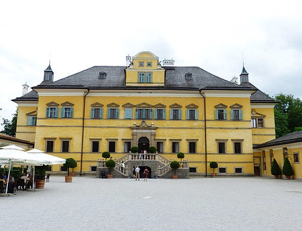 Schloss Hellbrunn Buildings Architecture Castle Fo