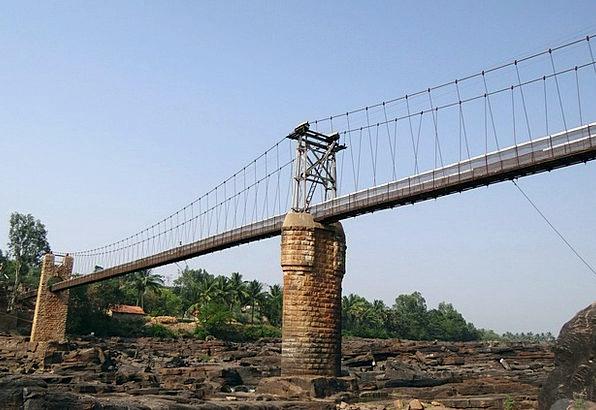 Hanging Bridge Buildings Bond Architecture Suspens