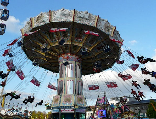 Chain Carousel Merry-go-round Fun Amusing Carousel