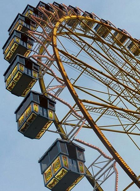 Folk Festival Reasonable Dom Fair Ferris Wheel Rid