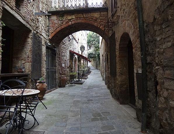 Italy Idyll Nirvana Massa Marittima