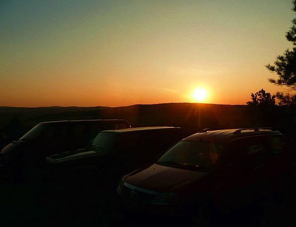 Sun Increase Sunrise Dawn Rise Ray Cars Carriages
