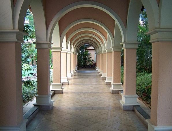 Arcos Buildings Building Architecture Royal Palms