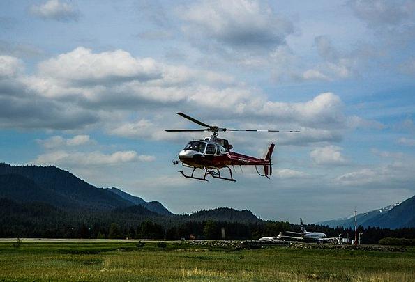 Helicopter Airplane Mendenhall Glacier Alaska Moun