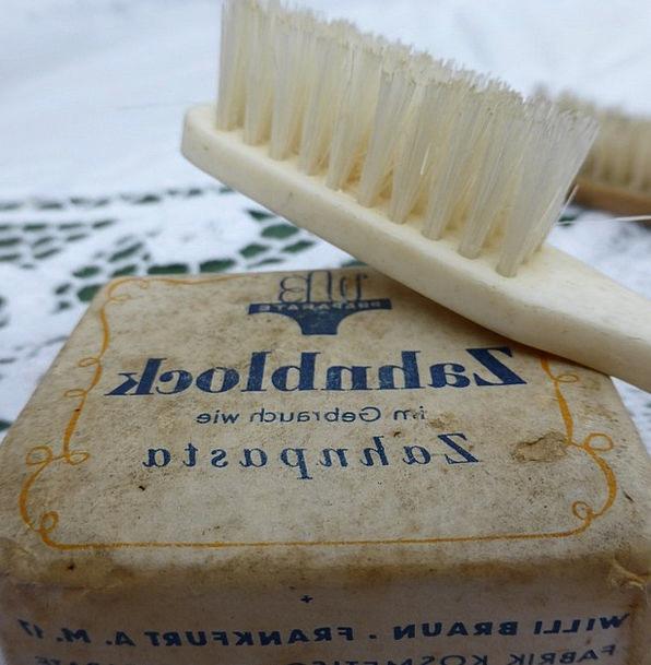 Toothbrush Old Brush Encounter Antique Cosmetics B