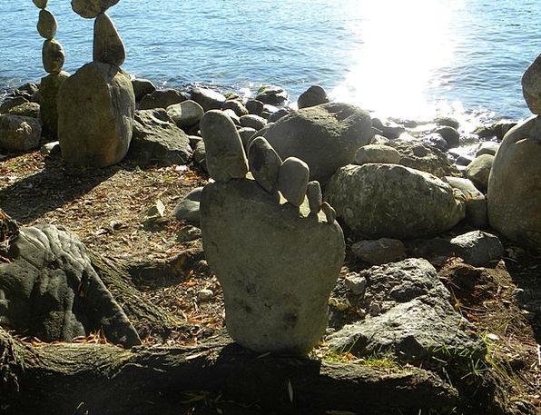 Stones Gravels Statue Zurich Lake Sculpture Balanc