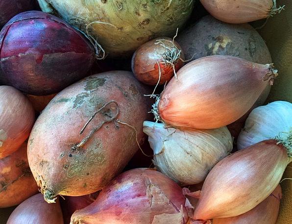 Vegetables Potatoes Drink Food Garlic Onion Kitche