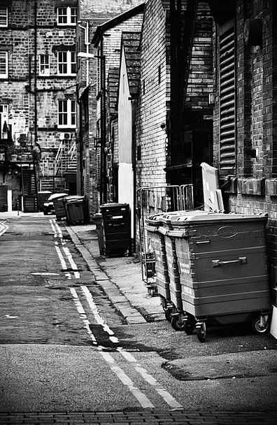 Alleyway Passage Buildings Architecture Bin Basket
