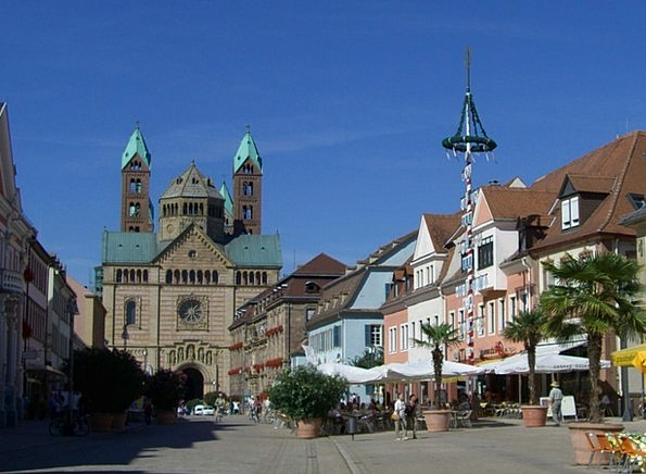 Speyer Maximilianstrasse Kaiser Dom