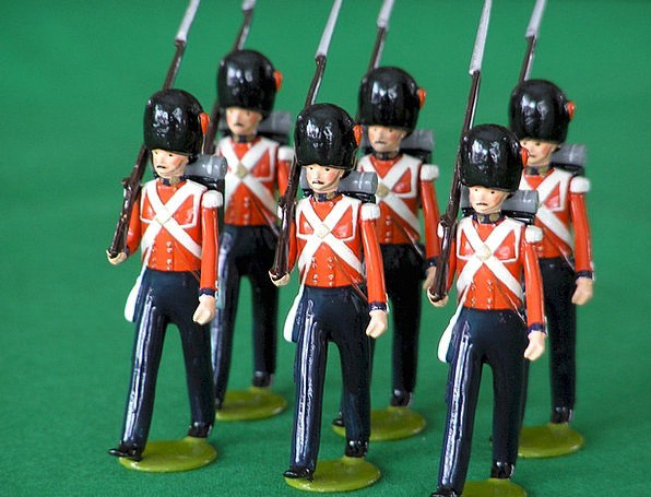 Palace Guards British Coldstream Guards Toy Soldie