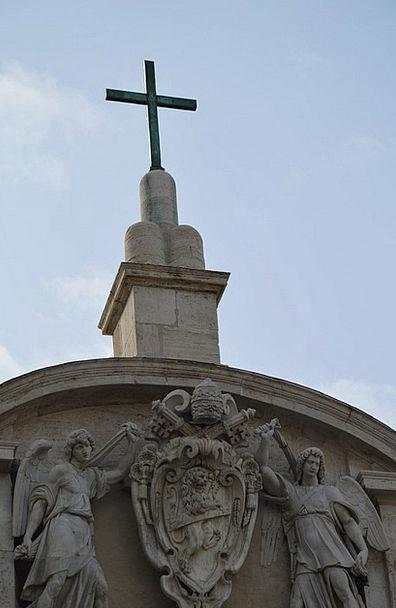 Church Ecclesiastical Irritated Himmel Cross Summe
