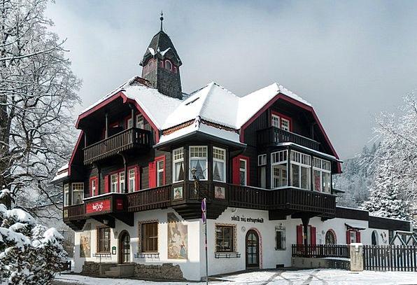Innsbruck Buildings Architecture Winter Season Aus