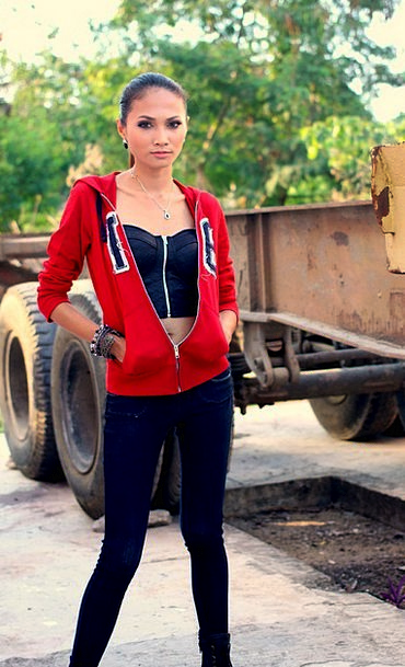 s skinny teen girl
