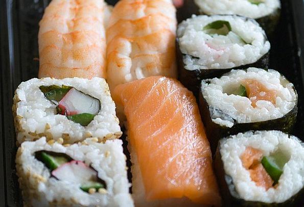 Sushi Asia Thailand Thai Raw Salmon Seaweed Uncook