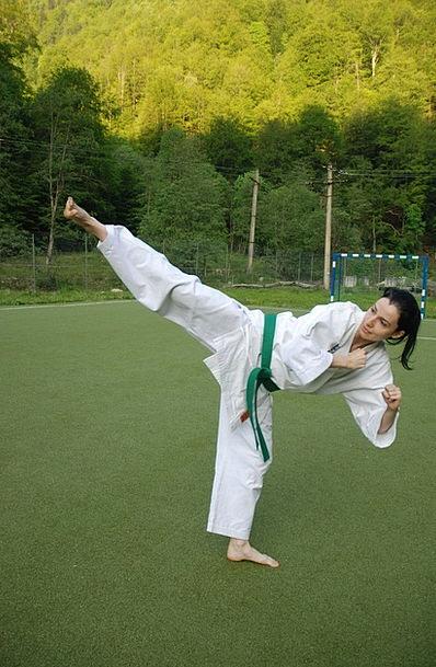 Karate Thrill Girl Lassie Kick Practice Martial Ar