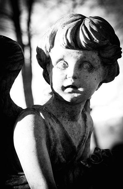 Angel Seraph Statue Figurine Grave Yard Creative S