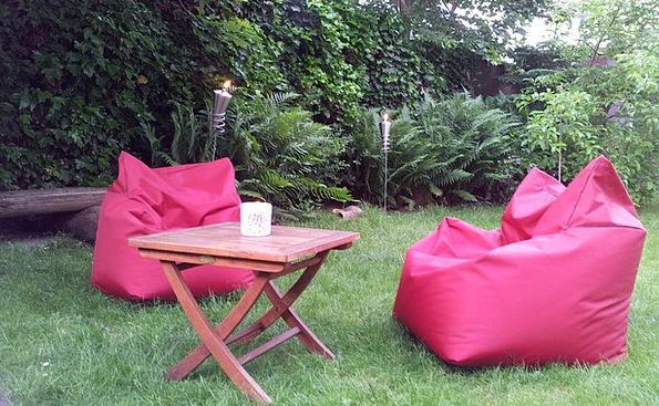 Red Armchair Plot Holiday Garden Garden Torch Inci