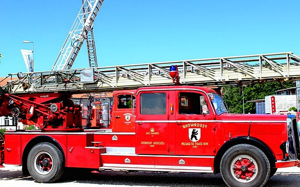 Fire Passion Oldtimer Fire Truck Turntable Ladder